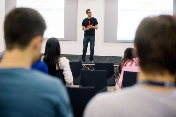 Hesam Panahi, founder of the University of Houston's start-up accelerator, teaches students entrepreneurship skills at the start-up training event in Houston. Credit Spike Johnson for The New York Times